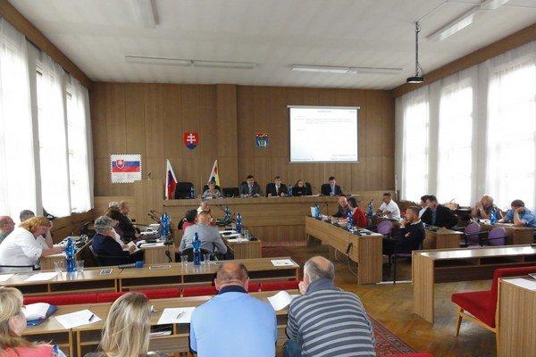Zasadnutie zastupiteľstva v Partizánskom.