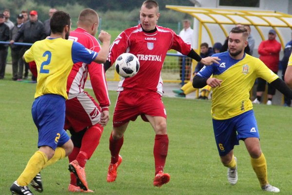 V zápase Tvrdošína a Trstenej padol iba jediný gól, ktorý však stál za to.