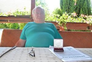 Dnes si Eduard Babčan v pokoji užíva dôchodok.