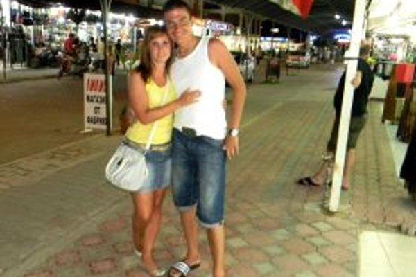 Tomáš Obert musel predčasne ukončiť svoju futbalovú kariéru. Na snímke je s manželkou Mirkou.