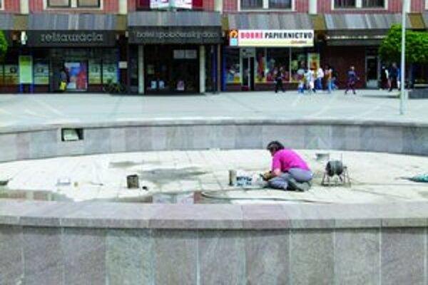 Rekonštrukcia fontány.