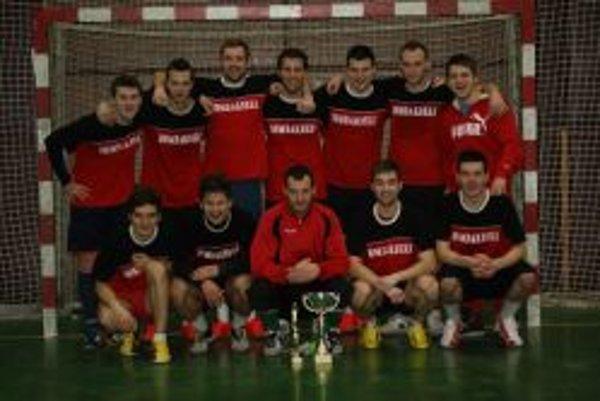 Víťazom halovej ligy sa stali Bombardéri.