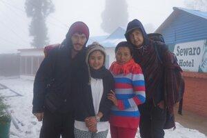 Nepálsky vidiek so snehom.