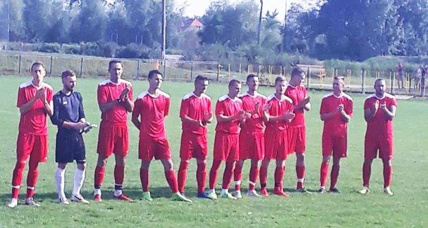 Futbalisti Paty uspeli na ihrisku Zbehov.