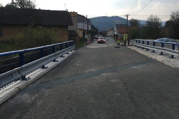 Nový most sprejazdnili včera v popoludňajších hodinách.