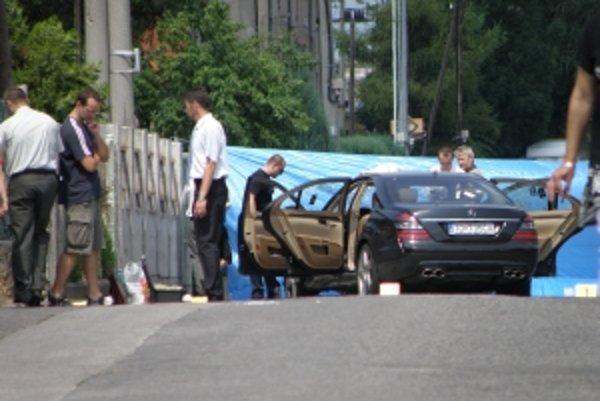 Polícia zaisťovala stopy niekoľko hodín.