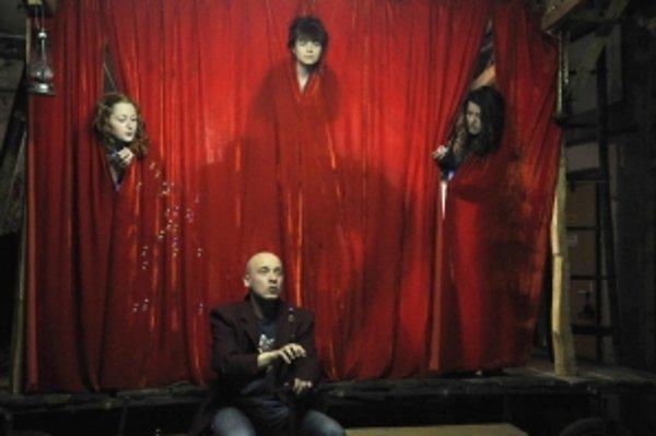 Amatérske divadlo Homo Fuge pri Dome kultúry v Púchove sa prezentovalo v dobrom svetle. Porota odporučila aj v jeho prípade postup.