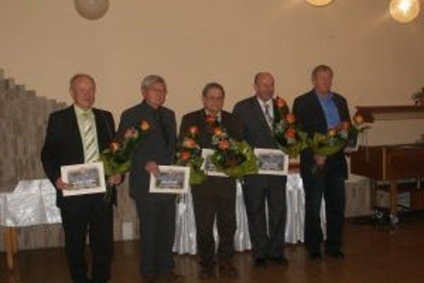 Ďakovné listy dostali: Zoltán Bajzík, Ján Páleník, Bohumír Donoval, Anton Kusý a Ladislav Halo.