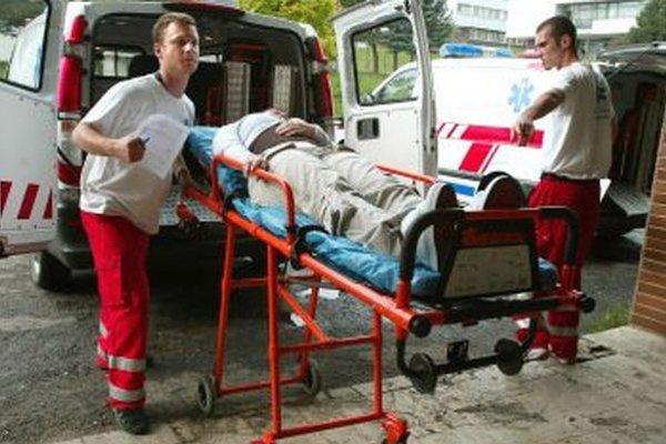 V máji najčastejšie záchranky zasahovali v pondelok večer.
