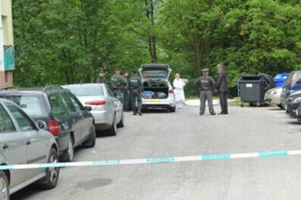 Na miesto nešťastia okamžite prišli policajti.