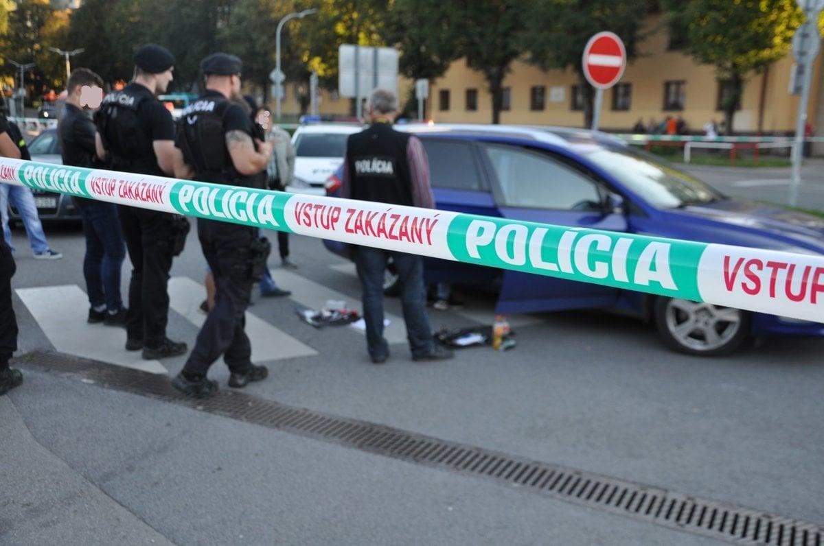 f873a87f1 Policajní kukláči zasahujú v Dolnom Kubíne - SME | MY Orava