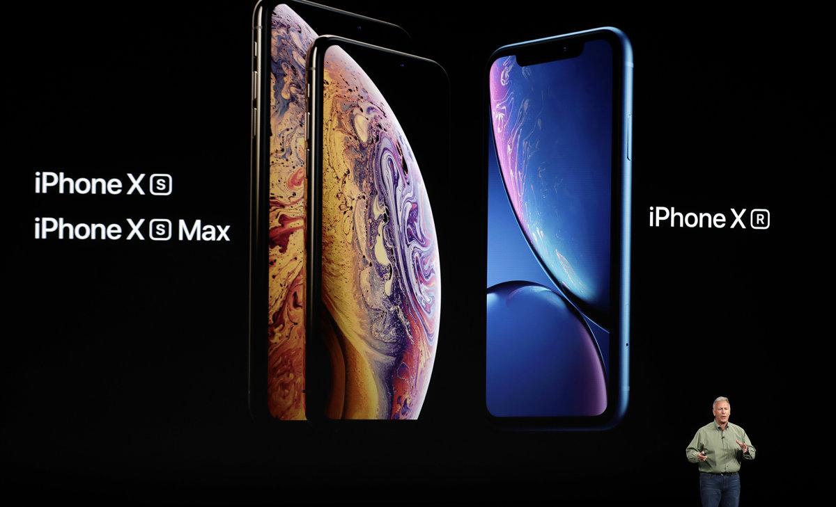 5c2816508 Apple ukázalo tri nové klony iPhone X. Najlacnejšiu bude stáť 749 ...