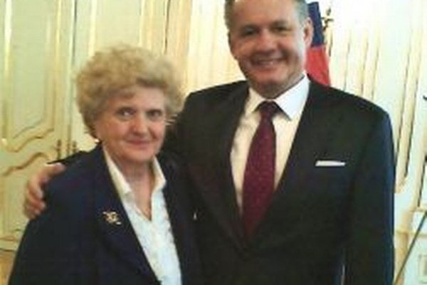 Etelu Thomkovú za jej záslužné činy prijal dávnejšie aj prezident Andrej Kiska.
