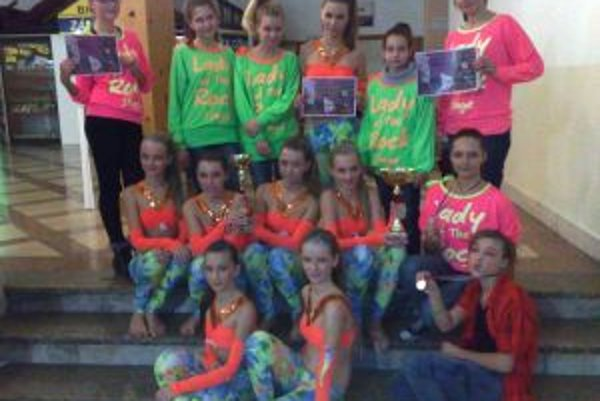 Tanečná skupina SHARKS uspela aj v Žiline.