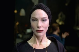 Cate Blanchett si v novom filme zahrala trinásť úloh.