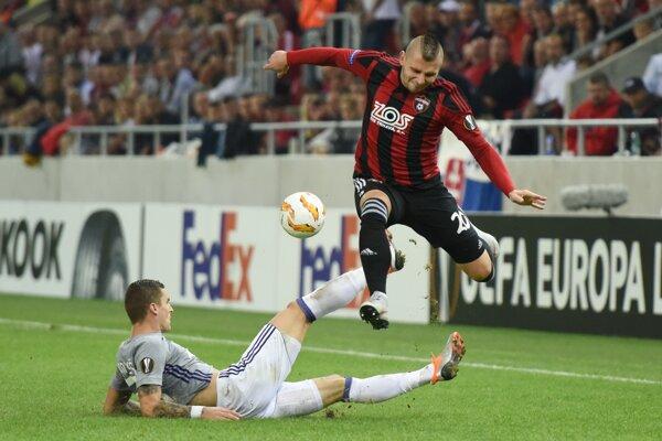 Momentka zo zápasu Trnava - Anderlecht (1:0).