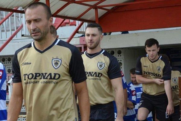 FC Žochári majú na konte zatiaľ plný počet bodov. V sobotu sa v zápase o prvé miesto predstavia na ihrisku v Radošine.