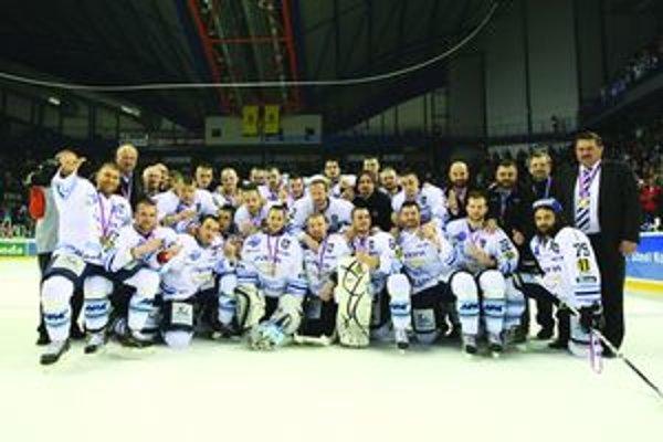 Po piatom zápase semifinálovej série v Košiciach si Martinčania zavesili na krk cenné kovy.