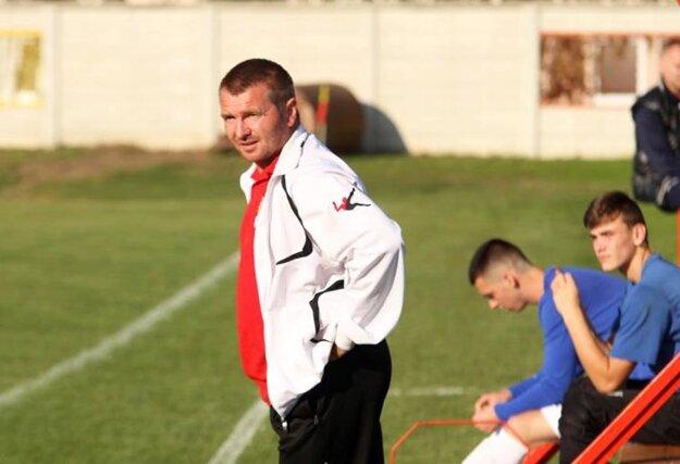 Novým trénerom Bábu sa stal Rastislav Ölvecký.