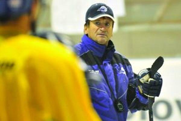 Tréner MHC Mountfield Martin Ladislav Spišiak.