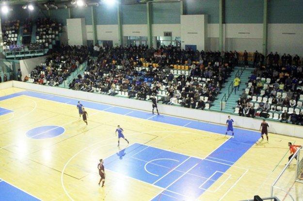 Vianočný turnaj MY Nitrianskych novín - Moget Cup láka futbalistov aj divákov.