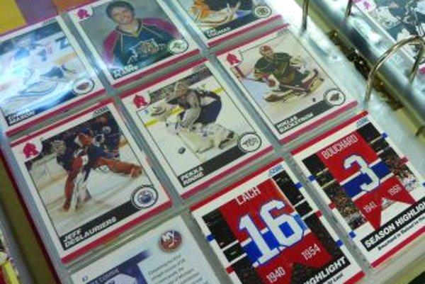 Hokej inakZbierky niektorých Slovákov obsahujú viac ako  päťtisíc kartičiek.