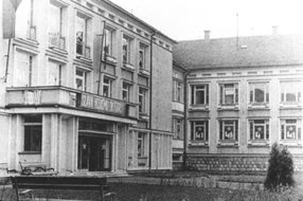 Takto vyzerala pred polstoročím budova Pedgagoického inštitútu v Martine.