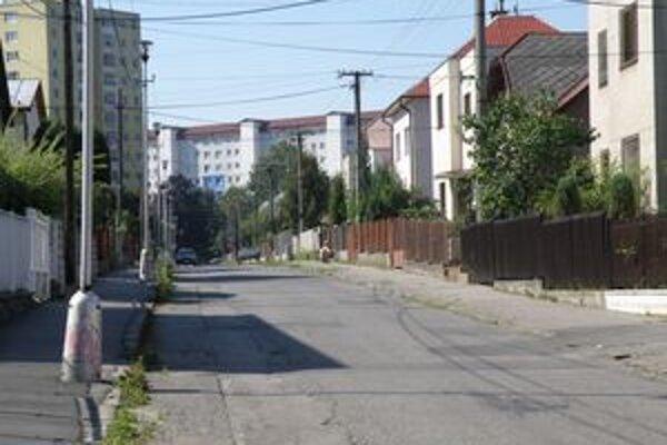 Najväčšie úspory mesto dosiahlo pri aukciizákazky orientovanej na rekonštrukciu chodníkov na Svätoplukovej ulici v Martine.