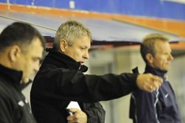 Tréner Dušan Gregor vyžaduje od svojich zverencov posctivý prístup.
