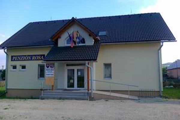 Obecný úrad vo Valči.