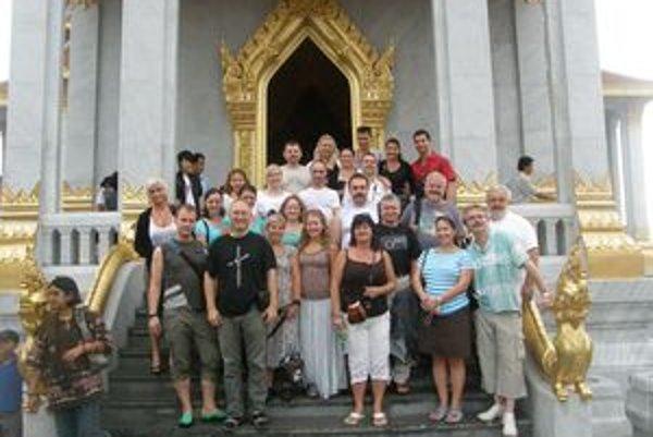 V Thajsku mali Martinčania po speve priestor i na prehliadku mesta.