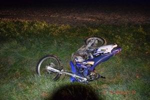 Zranenia motocyklistu neboli zlúčiteľné so životom.