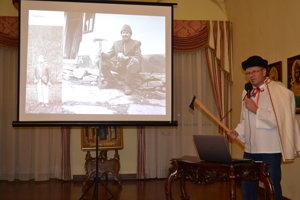 O Valachoch na hornom Zemplíne pútavo rozprával historik Miroslav Buraľ.