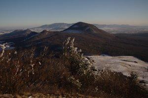 Celkový pohľad na juh z Lysej Stráže.