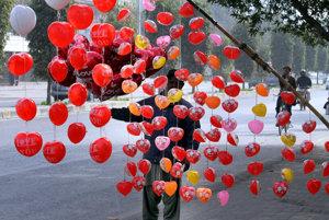 Opatrenie sa týka aj predaja pohľadníc a suvenírov spojených s Dňom sv. Valentína.