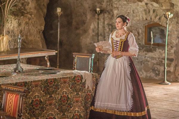 Počas letných Hradovánok na hrade pripravili pre verejnosť historické vystúpenia.