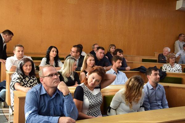 Zdravotníci na odborných prednáškach. (FOTO: HAB)