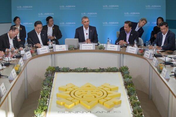 Obama na zasadnutí lídrov krajín juhovýchodnej Ázie.
