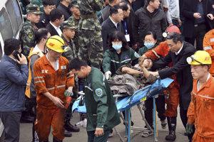 Na mieste zasahuje vyše 170 záchranárov.