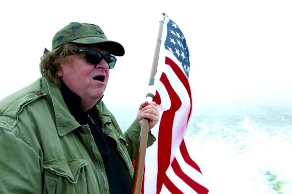 Michael Moore v novom filme Where To Invide Next.