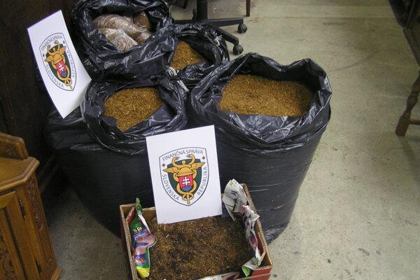 V handlovskom bazáre bol tabak vo vreciach a vreckách.