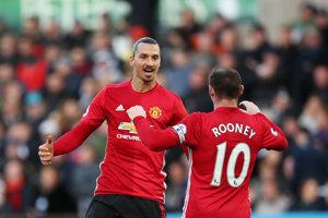 Zlatan (vľavo) a Wayne Rooney sa opäť stretli. Tentokrát v najlepšej jedenástke MLS.