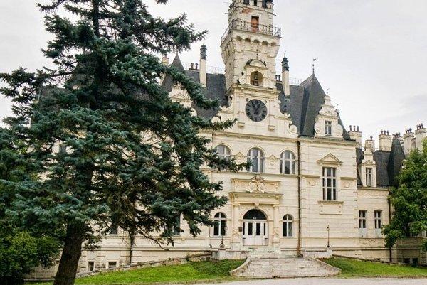 Budmerický kaštieľ, v ktorom žila a tvorila aj Lujza de Vilmorin, je po renovácii od konca januára sprístupnený verejnosti.