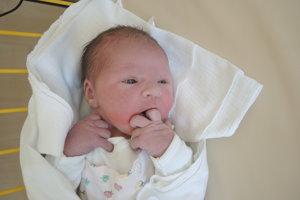 Sabina Hunová (3800g, 51cm) sa narodila 5. novembra Bibiane a Jozefovi z Nového Mesta nad Váhom.