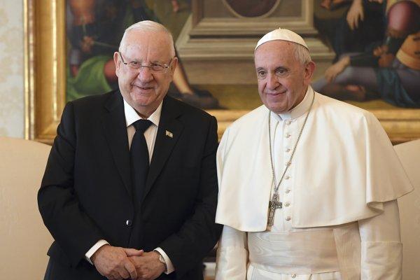 Izraelský prezident Reuven Rivlin na stretnutí s pápežom.