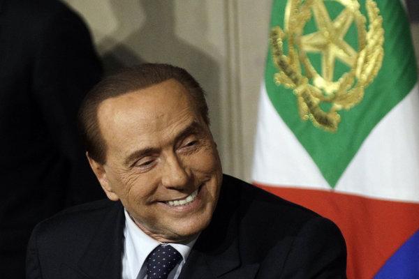 V posledných troch desaťročiach sa dovládnuť do konca volebného obdobia podarilo len Silviovi Berlusconimu.