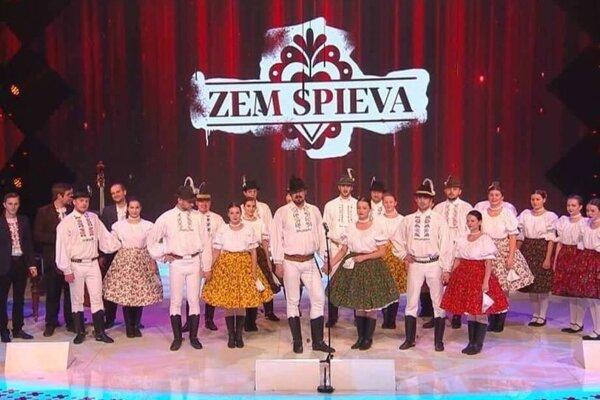 Folklórny súbor Borievka, finalista TV súťaže Zem spieva, sa predstaví v rožňavskom v divadle Actores.