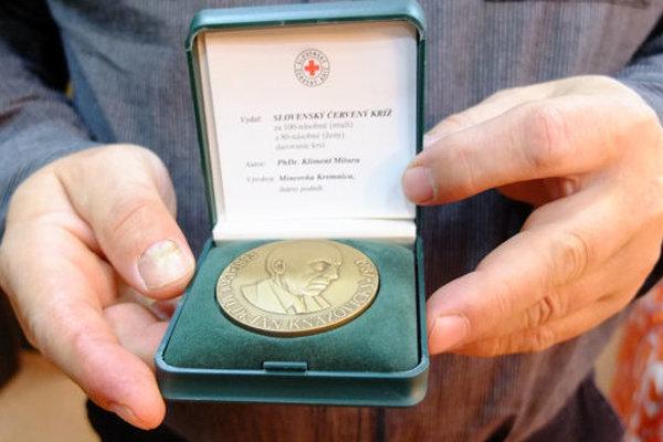 Kňazovického medaila.