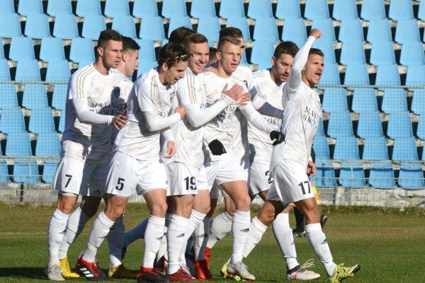 Hráči FC Košice zatiaľ v drvivej väčšine zápasov víťazia.