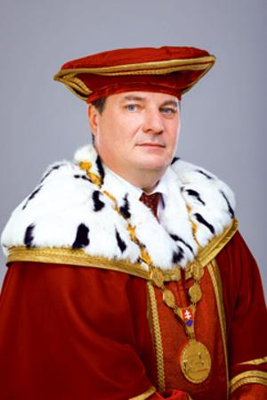 REKTOR: Dr. h. c. prof. Ing. RUDOLF KROPIL, PhD.